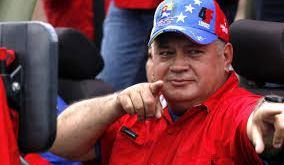 Diosdado Cabello asegura que Petro fue a pedir apoyo a Venezuela.
