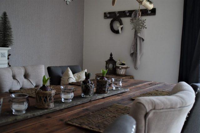 ein bisschen fr hling zieht ein tischdeko. Black Bedroom Furniture Sets. Home Design Ideas