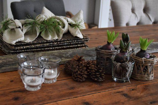 ein bisschen fr hling zieht ein tischdeko elas dekoideen. Black Bedroom Furniture Sets. Home Design Ideas
