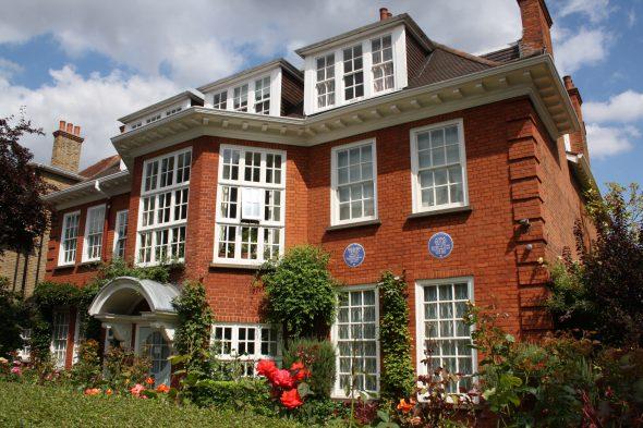 Fachada de la última casa en la que vivió Freud. Foto: Freud Museum London.
