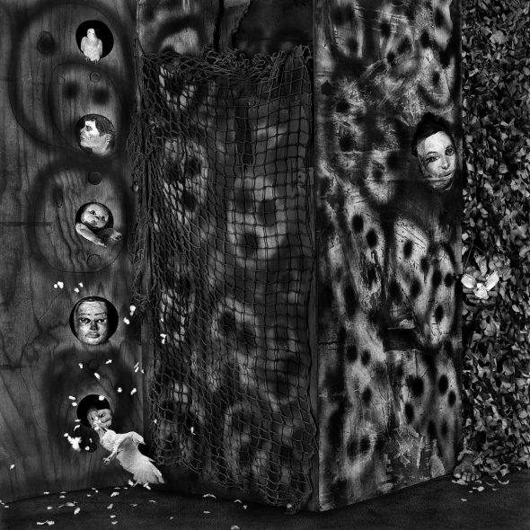 'Audience'. © Roger Ballen.