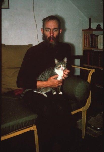 El escritor estadounidense Edward Gorey / Photo by Eleanor Garvey; used by permission.