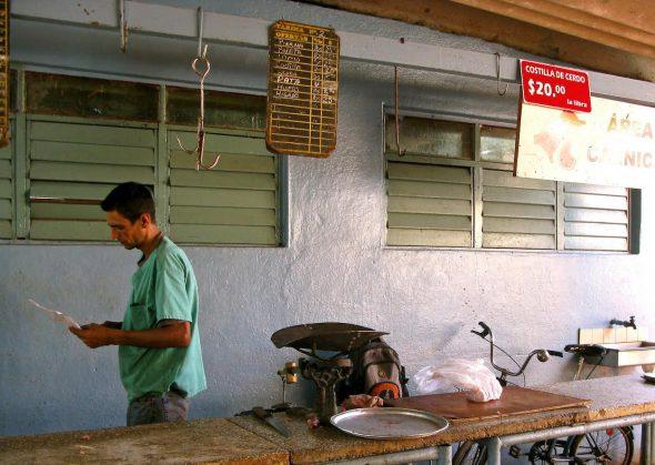 Una carnicería a lo cubano. Foto: Ana Esteban.