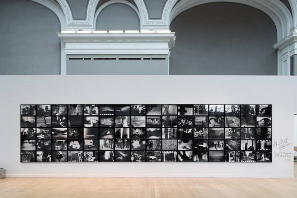 "Daido Moriyama ""Farewell Photography"", 1972 Photo: © Martin Argyroglo, courtesy Jean-Kenta Gauthier."