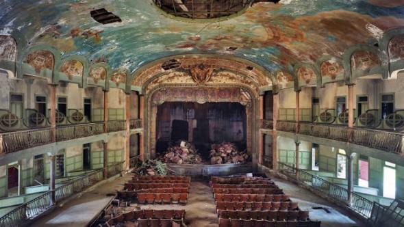 Teatro Cervantes de Tanger. Foto: Red Marruecos.