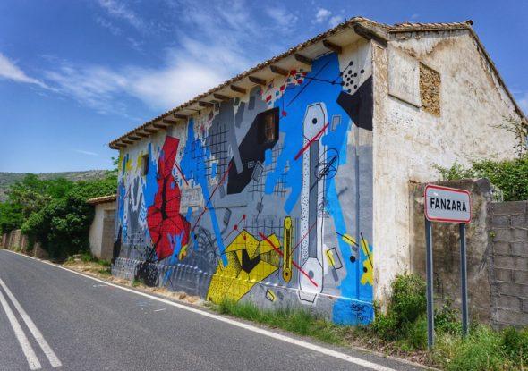 Entrada al pueblo de Fanzara. Foto: Manuel Cuéllar.