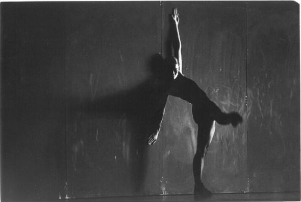 'Enemy in the figure' de William Forsythe interpretada por la CND. Foto: Guillermo Mendo.