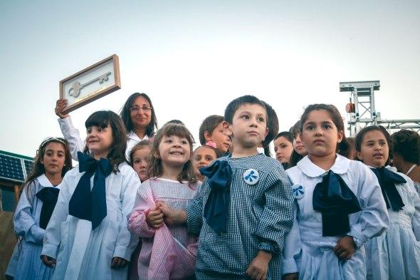 Alumnos de la Escuela Sustentable del balneario de Jaureguiberry en Uruguay.