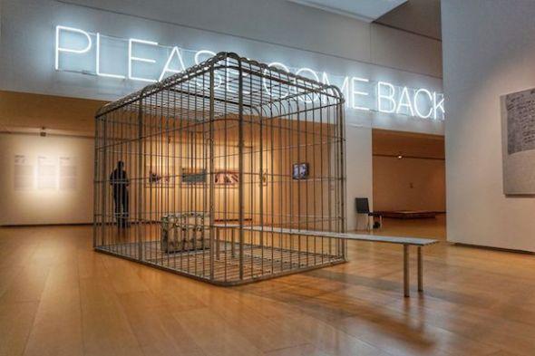 Imagen de la exposición 'Please Come Back' en el IVAM. Foto: Manuel Cuéllar.