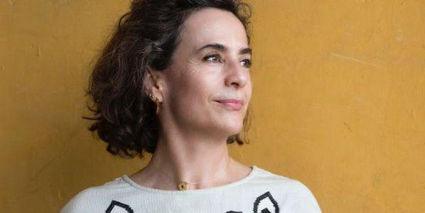 La escritora Nuria Barrios. Foto: Daniel Mordzinski.