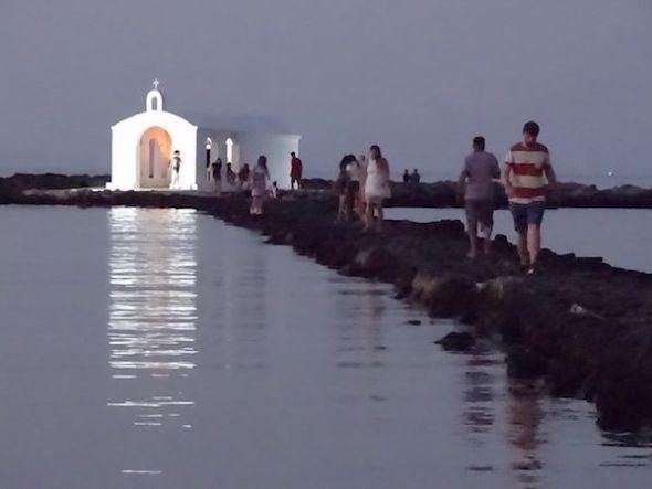 Ermita de Giorgoupolis, en la desembocadura del rio Armylo