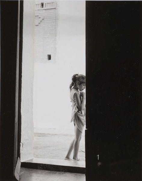 Gabriel Cualladó. 'Niña del anuario', 1957. MNCARS. Donación de la familia Autric-Tamayo, 2018.