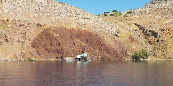 El barco hundido en Symi llevaba refugiados en el verano del 2015.