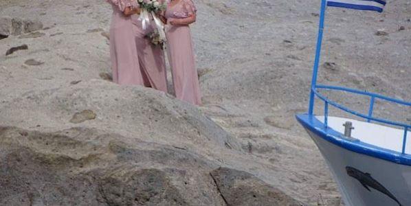 Las damas de honor esperando a la novia. Puedes seguir el Instagram de la autora aquí.