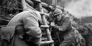 Un fotograma de la película 'Senderos de gloria'.