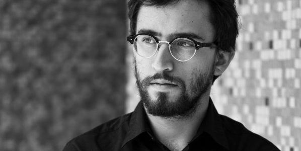 El escritor mexicano Daniel Saldaña Paris. Foto: Andrea Tejada.