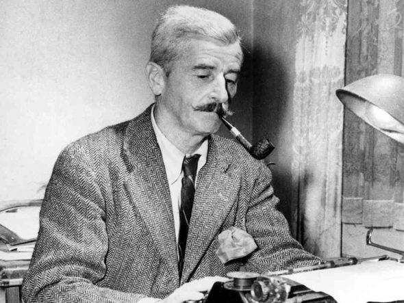 Faulkner con pipa