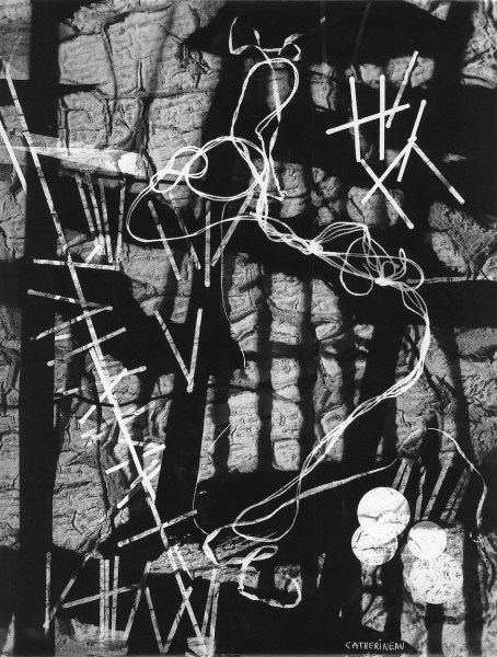 Roger Catherineau Photogramme [Fotograma], 1957 Plata en gelatina. Copia de época, 39,5 x 29,8 cm Gitterman Gallery, Nueva York