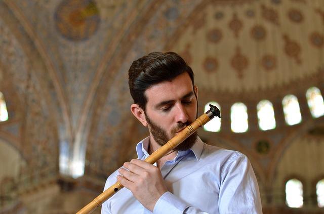 Un músico sufí, una corriente de pensamiento de los musulmanes. Foto: Pixabay.