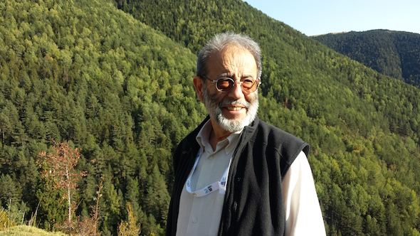 Carlos G. Vallecillo.