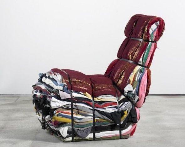 Asiento Tejo Remy. Tejo Remy reutiliza objetos cotidianos y los transforma en piezas decorativas.