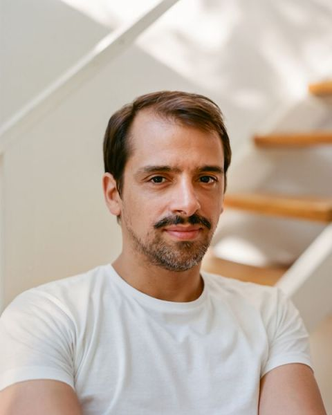 El editor de Paripé Books, Patricio Binaghi. Foto: Brian W. Ferry.
