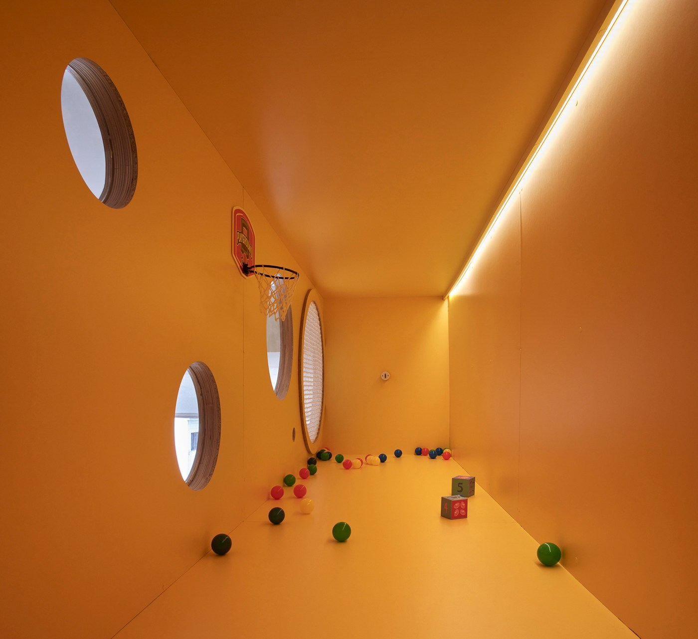 Muebles modernos para habitaciones infantiles. El Juguetero. Estudio ji Arquitectos. Elástica Magazine