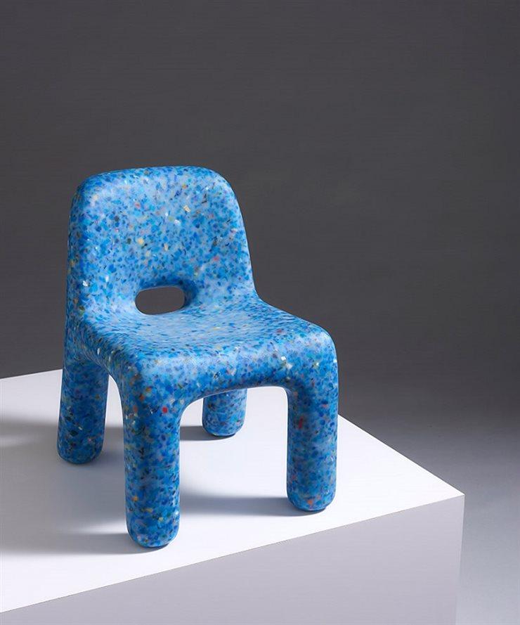 Ecobirdy silla para niños hecha con plástico reciclado de juguetes