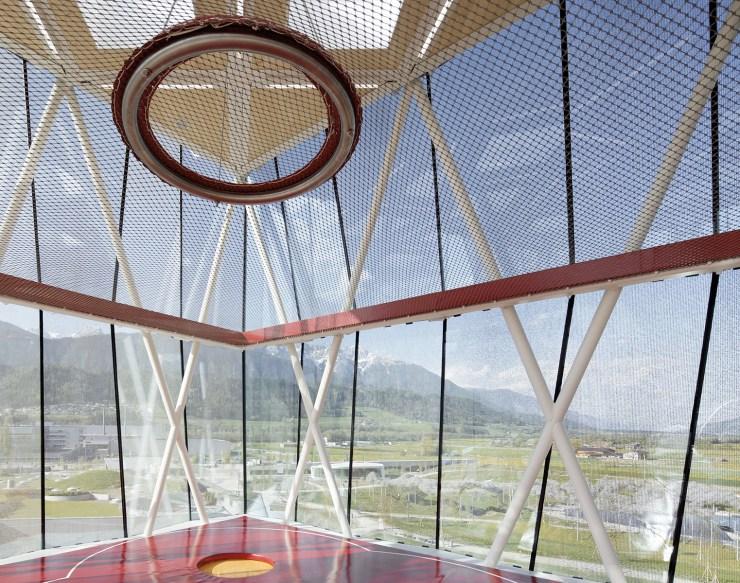 Snohetta Playtower y Playground en Swarovski Kristallwelten, Austria