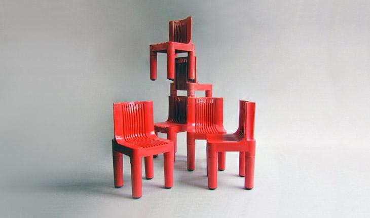 Silla de plástico roja para niños. K1340. Marco Zanuso y Richard Sapper.