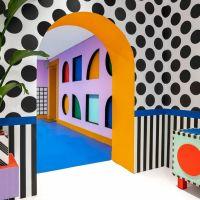 Camille Walala plasma su estilo en la instalación House of Dots de LEGO®