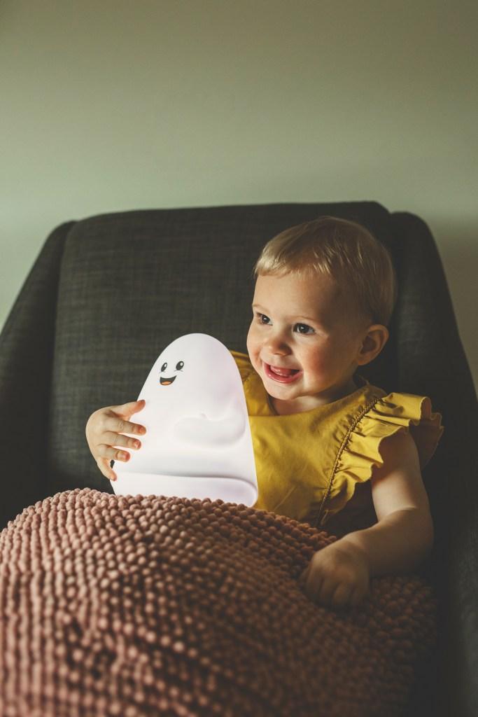 myBOO lámpara quita-miedos con forma de fantasma