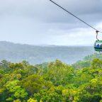 Passeio na Skyrail Rainforest Cableway em Cairns, Austrália.