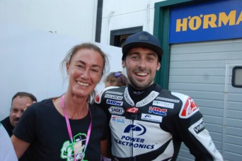 eugene laverty fans 7