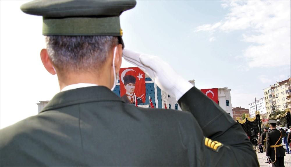 Elazığ'da 29 Ekim Cumhuriyet Bayramı kutlamaları