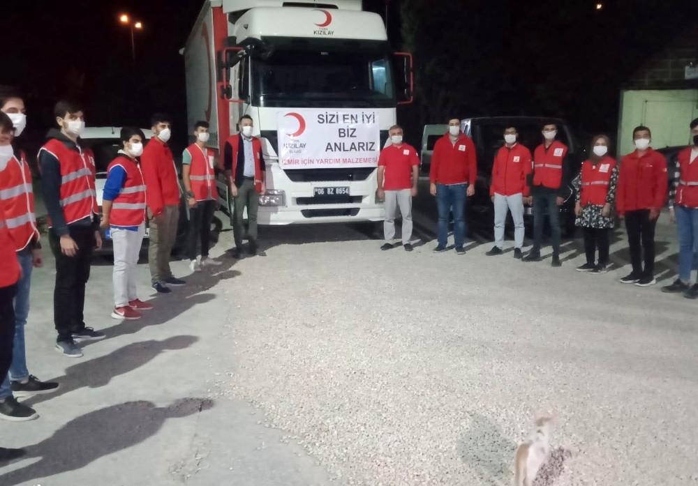 Deprem bölgesi Elazığ'dan İzmir'e yardım sürüyor
