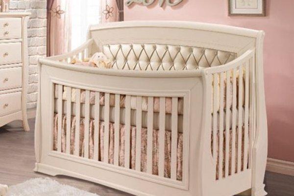 نصائح لشراء سرير مناسب للطفل حديث الولادة
