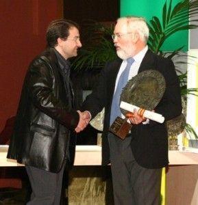 Entrega del Premio por el Ministro de Agricultura, Pesca y Alimentación, D. Arias Cañete.
