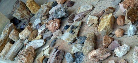 Rocas en suelos de Mad