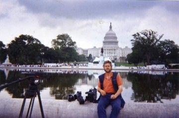 Victor trabajando en Washington en 1995