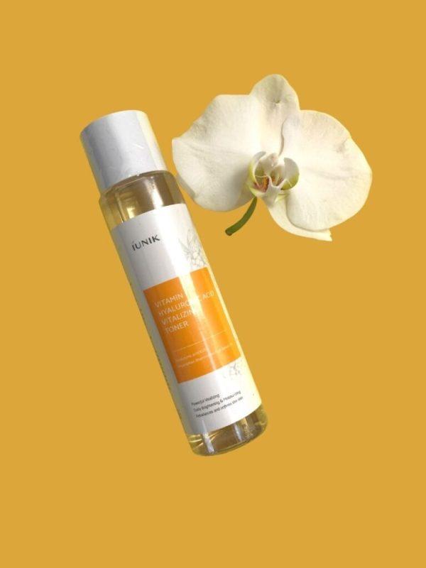 iunik vitamin hyaluronic vitalizing toner