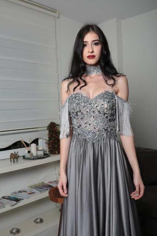 Özel Tasarım Gri Kiralık Elbise