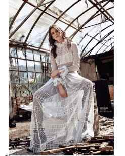 Barış Avcı Kiralık Beyaz Dantel Elbise