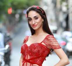 ElbiseKirala Kırmızı Taç Satılık