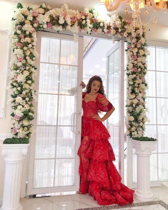 Merve Özbey Kiralık Kına Elbisesi