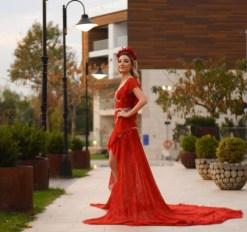 Zeynep Tosun Kına Elbisesi Kiralama
