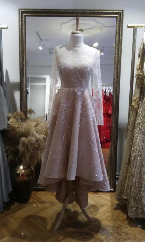 Özgül Engin Kiralık Nişan Elbisesi
