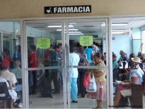 Escasez de medicamentos en farmacias públicas