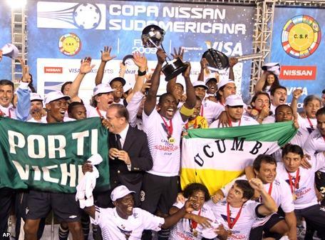 Liga Tri-Campeón de América: Fotos y goles de la conquista de la Copa Sudamericana 2009.  (2/6)