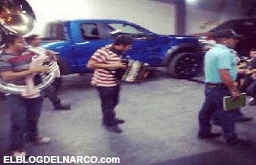 El día que losChapitos se pegaron una borrachera con sus pistoleros